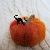 Куклы и игрушки ручной работы. Ярмарка Мастеров - ручная работа Хеллоуинская тыква с котом. Handmade.