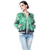 """Одежда ручной работы. Ярмарка Мастеров - ручная работа Модный бомбер с принтом """"Тропическая зелень"""" с бархатной молнией Riri. Handmade."""