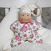Куклы и игрушки ручной работы. Ярмарка Мастеров - ручная работа Нежность - набор для новорожденной: кукла вальдорфская и подушечка. Handmade.