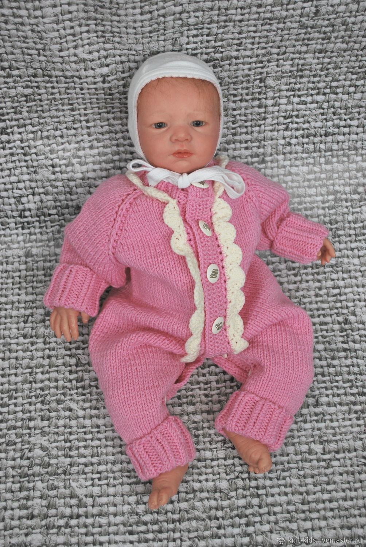 Вязаный детский шерстяной комбинезон для новорожденного с отделкой кружевом. 100% меринос экстрафайн, связан без швов