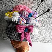 """Аксессуары ручной работы. Ярмарка Мастеров - ручная работа """"Корзина с рукоделием"""" шапка-прикол. Handmade."""