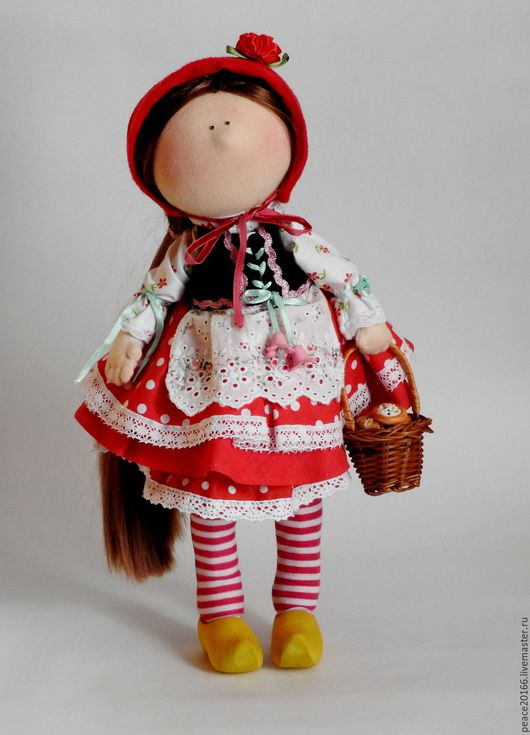 Текстильная кукла`Красная  шапочка` 35 см