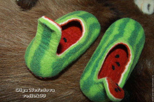 """Обувь ручной работы. Ярмарка Мастеров - ручная работа. Купить Авторские детские тапочки """"Арбуз"""". Handmade. Зеленый, обувь для дома"""