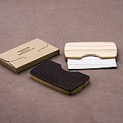 Визитницы ручной работы. Ярмарка Мастеров - ручная работа Визитница из дерева и кожи. Handmade.