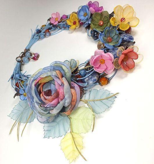 Комплекты украшений ручной работы. Ярмарка Мастеров - ручная работа. Купить Вальс Весенних Дождей. Колье, серьги, брошь-цветок, цветы из ткани. Handmade.
