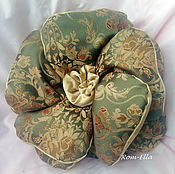Для дома и интерьера handmade. Livemaster - original item Pillow flower decorative green. Handmade.
