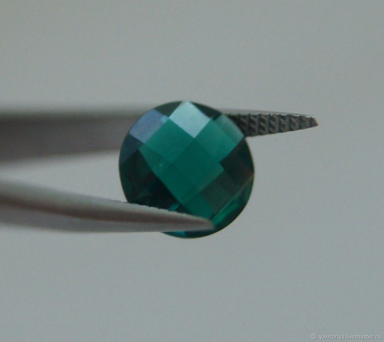 Emerald synthetic round briolette, Cabochons, Moscow,  Фото №1