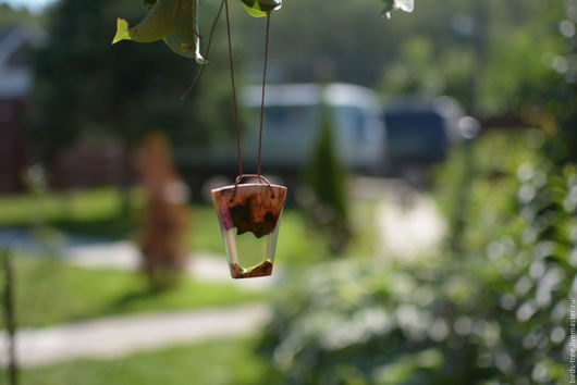 Кулоны, подвески ручной работы. Ярмарка Мастеров - ручная работа. Купить Подвеска зеленого цвета из эпоксидной смолы и дерева. Handmade.
