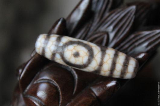 Для украшений ручной работы. Ярмарка Мастеров - ручная работа. Купить Старая Тибетская Дзи 2 глаза. Редкая техника травления.. Handmade.