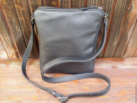 """Мужские сумки ручной работы. Ярмарка Мастеров - ручная работа. Купить """"Everyday"""" черная мужская сумочка. Handmade. Черный, handmade"""