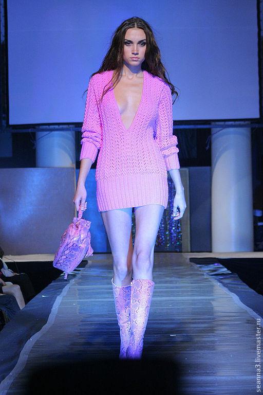 """Платья ручной работы. Ярмарка Мастеров - ручная работа. Купить Платье-туника-джемпер """"Розовый фламинго""""))) вязаный. Handmade. Фуксия"""