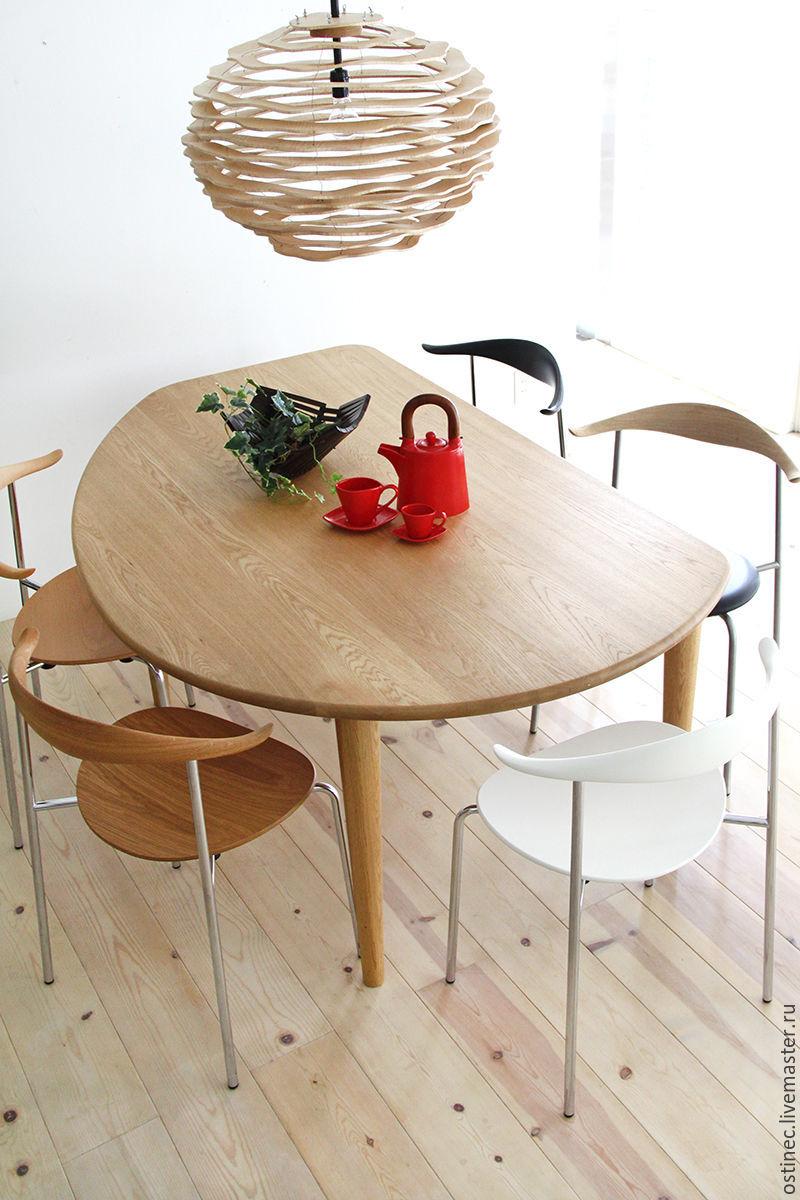 Стол ручной работы из дуба