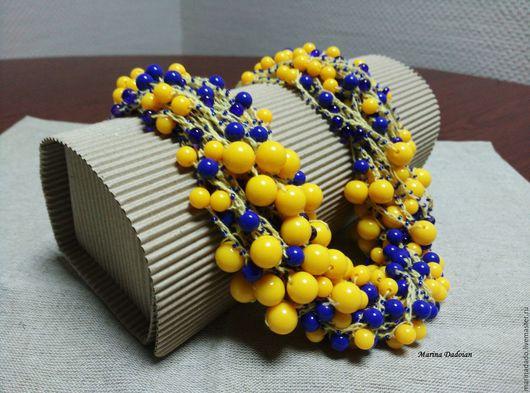 Колье, бусы ручной работы. Ярмарка Мастеров - ручная работа. Купить Бусы из бисера желто-голубые. Украшение на шею, многорядные, подарок. Handmade.