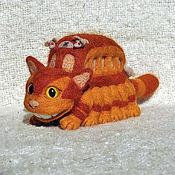 Куклы и игрушки ручной работы. Ярмарка Мастеров - ручная работа игрушка валяная из шерсти Котобус Нэкобасу. Handmade.