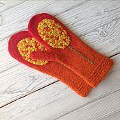 Аксессуары handmade. Livemaster - original item A copy of the work Mittens felted knit mixed media on wood. Handmade.
