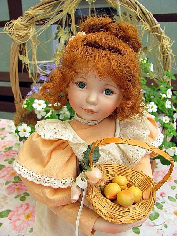 Collectible porcelain doll Peach in cream from Diana, Effner, Dolls, Kempten,  Фото №1