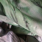 Аксессуары ручной работы. Ярмарка Мастеров - ручная работа Шарф шелковый батик Серо-зеленый. Handmade.