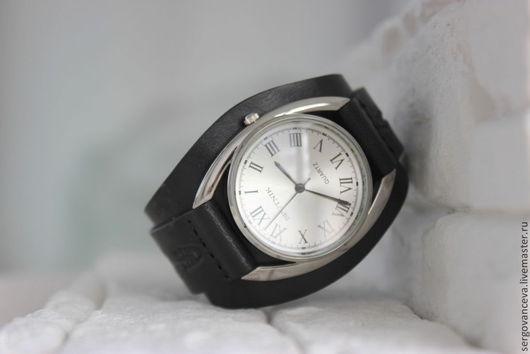 """Часы ручной работы. Ярмарка Мастеров - ручная работа. Купить Часы наручные  """"Скрипка 2"""". Handmade. Черный, дизайнерские украшения"""