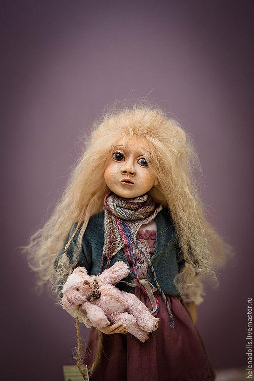Коллекционные куклы ручной работы. Ярмарка Мастеров - ручная работа. Купить Девочка с мишкой.. Handmade. Коллекционная кукла, бледно-розовый