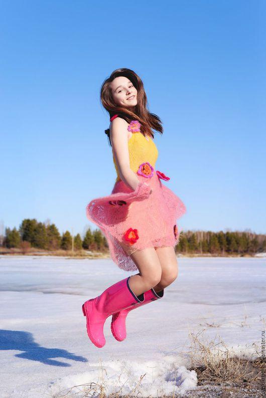 """Платья ручной работы. Ярмарка Мастеров - ручная работа. Купить Платье """"Фея Весна"""" спицами и крючком из мохера. Handmade. Цветочный"""