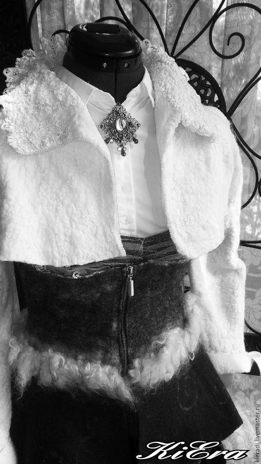 Корсеты ручной работы. Ярмарка Мастеров - ручная работа. Купить валяный комплект: корсет и болеро. Handmade. Чёрно-белый, болеро
