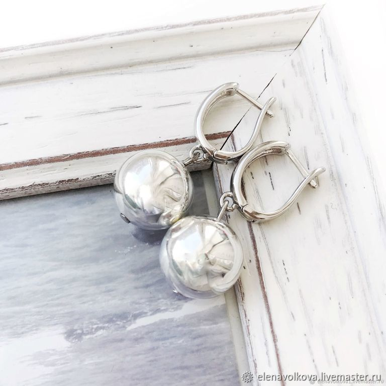 Beads earrings English lock, light gray, minimalism, Earrings, Yaroslavl,  Фото №1