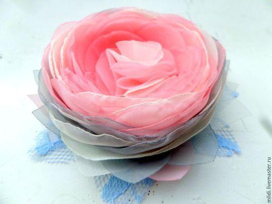 """Броши ручной работы. Ярмарка Мастеров - ручная работа. Купить Брошь цветок, заколка   """" Мистическая роза морозного утра """". Handmade."""