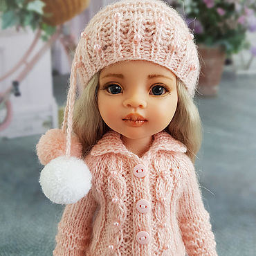 Куклы и игрушки ручной работы. Ярмарка Мастеров - ручная работа Одежда для кукол Паола Рейна. Персиковый набор. Шапка и кофта. Handmade.
