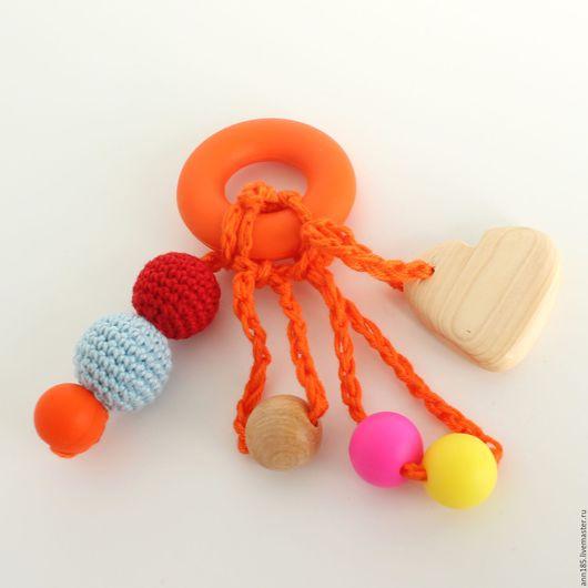 """Развивающие игрушки ручной работы. Ярмарка Мастеров - ручная работа. Купить Прорезыватель """"Сердечко"""". Handmade. Грызунок можжевеловый, прорезыватель для зубов"""