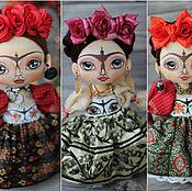 Куклы и игрушки ручной работы. Ярмарка Мастеров - ручная работа Интерьерная  текстильная кукла многоликая Фрида. Handmade.