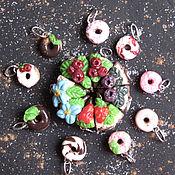 Кукольная еда ручной работы. Ярмарка Мастеров - ручная работа Сладости для радости_тортик и пончики. Handmade.