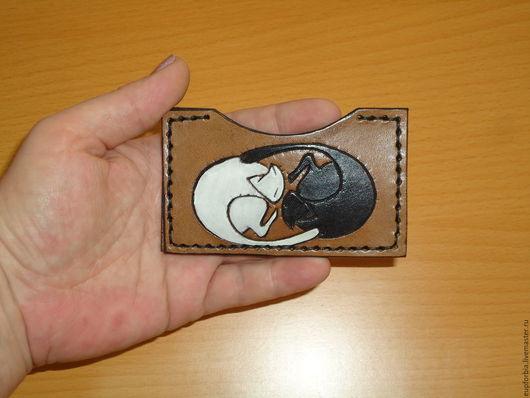 """Обложки ручной работы. Ярмарка Мастеров - ручная работа. Купить """"Инь-Ян Коты"""" обложка для карточки.. Handmade. Натуральная кожа"""