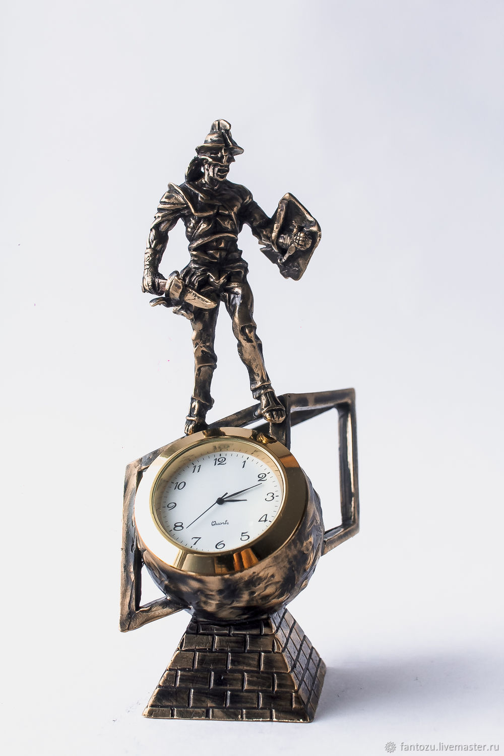 Bronze statuette watch the Gladiator Spartacus, Sports souvenirs, Yaroslavl,  Фото №1