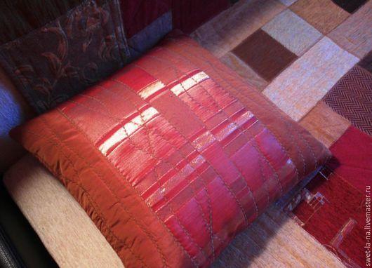Текстиль, ковры ручной работы. Ярмарка Мастеров - ручная работа. Купить Декоративная наволочка для диванной подушки. Handmade. Лоскутное шитье