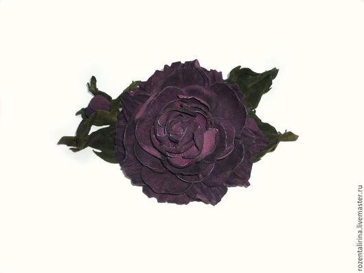 Заколка-автомат из натуральной итальянской замши  размер цветка 10 см, в длину от листа до листа 18 см.
