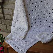 """Для дома и интерьера ручной работы. Ярмарка Мастеров - ручная работа Плед для новорожденных""""По-королевски белый"""" вязаный спицами+шапочка. Handmade."""