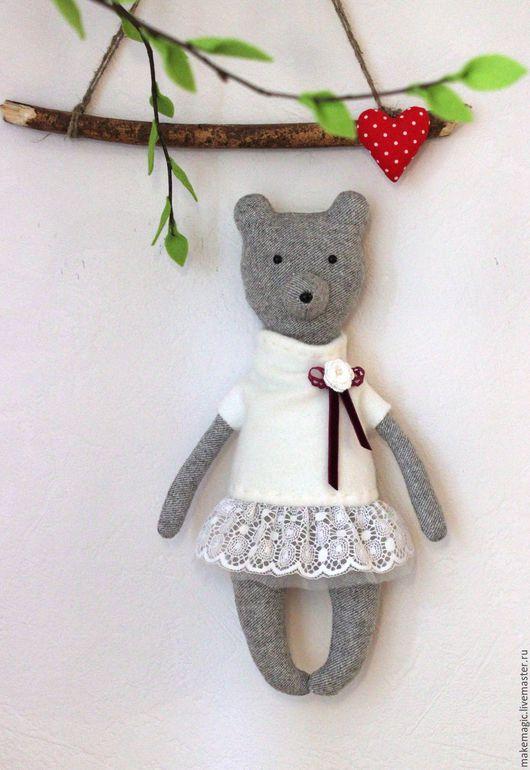 Человечки ручной работы. Ярмарка Мастеров - ручная работа. Купить Медведица в белом платье. Handmade. Белый, белое платье