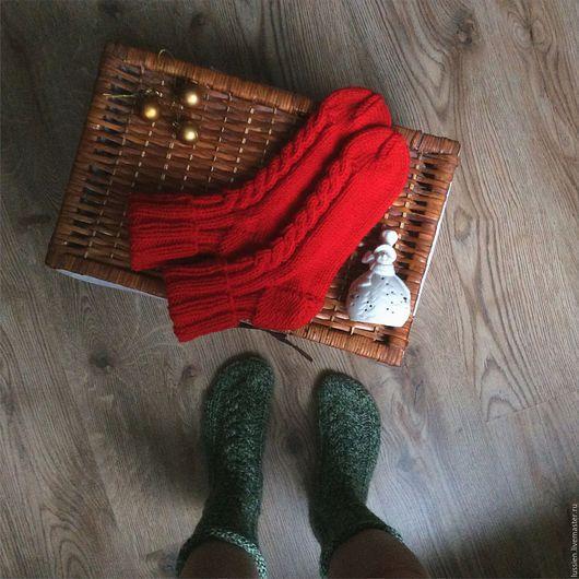Носки, Чулки ручной работы. Ярмарка Мастеров - ручная работа. Купить Новогодние красные носки. Handmade. Носки