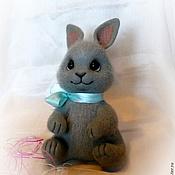 Куклы и игрушки ручной работы. Ярмарка Мастеров - ручная работа Зайчишка. Валяная игрушка. Handmade.
