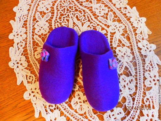 Обувь ручной работы. Ярмарка Мастеров - ручная работа. Купить Шлёпки. Handmade. Тапочки валяные, натуральная кожа