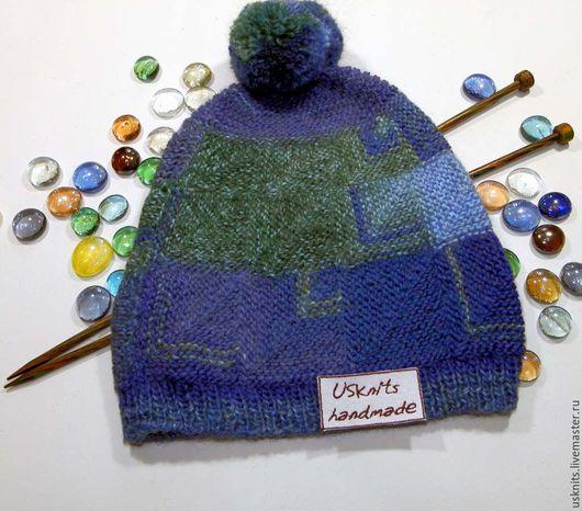 Вязаная  шапка, шапочка-пэчворк синяя, голубая, зеленая с помпоном