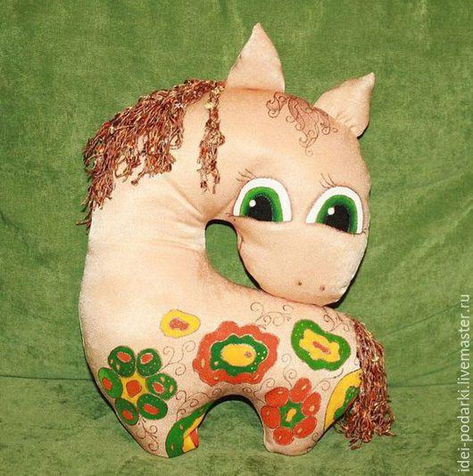 Тэги: Подушка Подушка - игрушка Лошадка Лошадка в цветах Подарок Подарок на день рождения подарок на 14 февраля подарок на Новый год подарок девушке