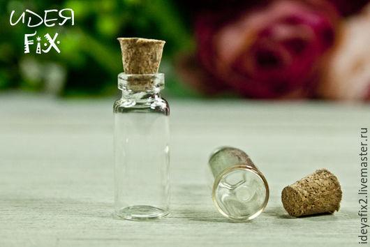 Размер бутылочки без пробки 35х11 мм, высота пробки - 8 мм.  Цена указана за 1 шт.