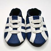 Одежда детская handmade. Livemaster - original item Sneakers baby shoes, Baby moccasins, Blue baby shoes. Handmade.