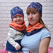 """Работы для детей, ручной работы. Ярмарка Мастеров - ручная работа Комплекты для мамы и дочки -  шапка и снуд """"звезды синие"""". Handmade."""