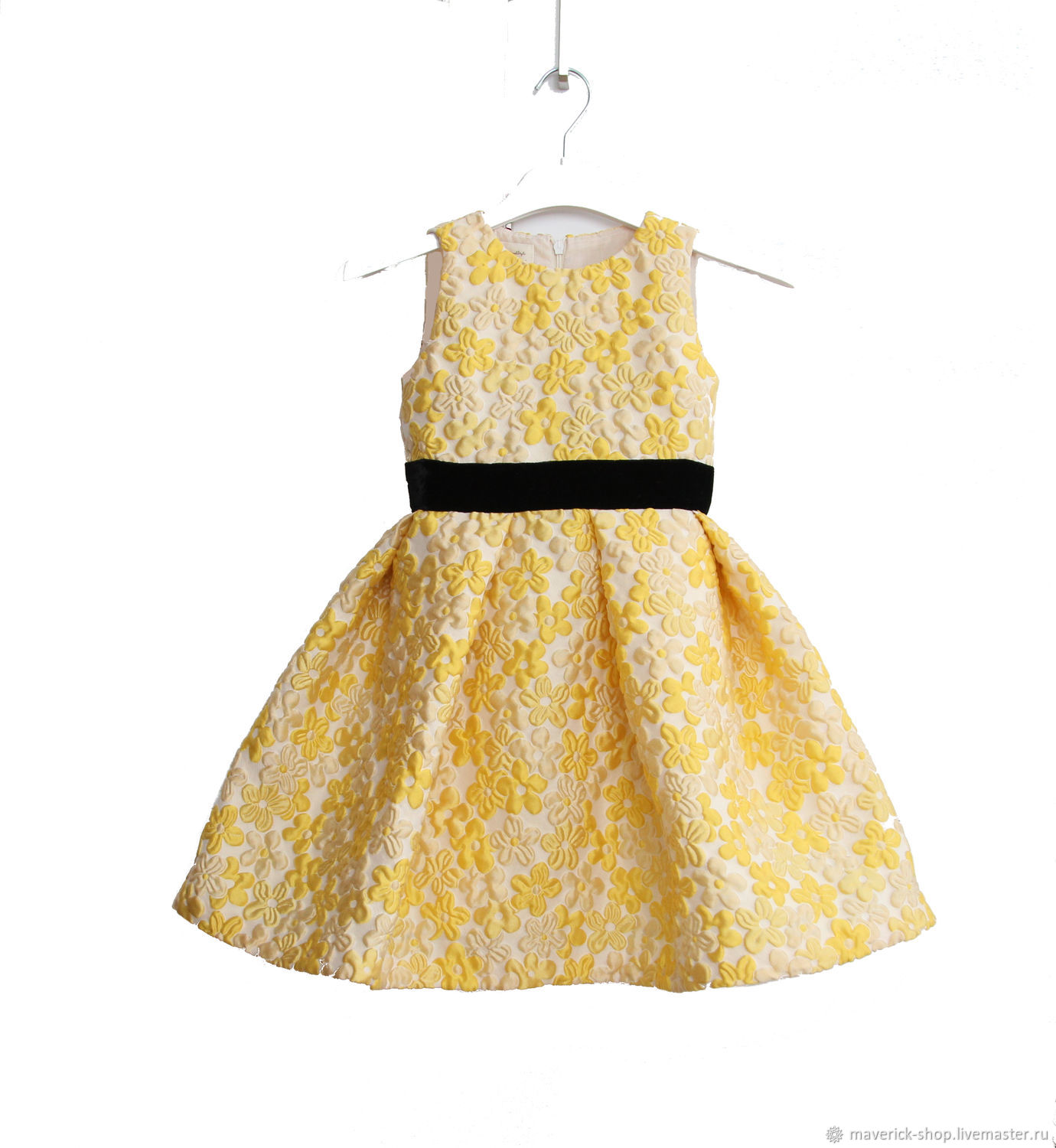 Yellow elegant dress for girls made of jacquard with a black belt, Childrens Dress, Moscow,  Фото №1