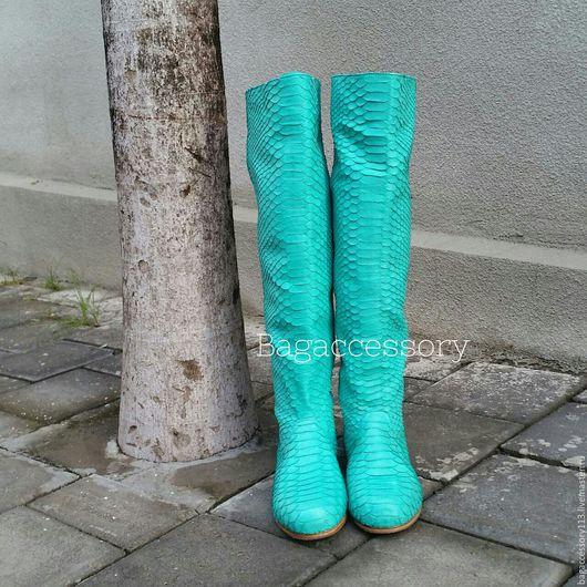 Обувь ручной работы. Ярмарка Мастеров - ручная работа. Купить Сапоги из натуральной кожи питона. Handmade. Бирюзовый, сапоги из кожи