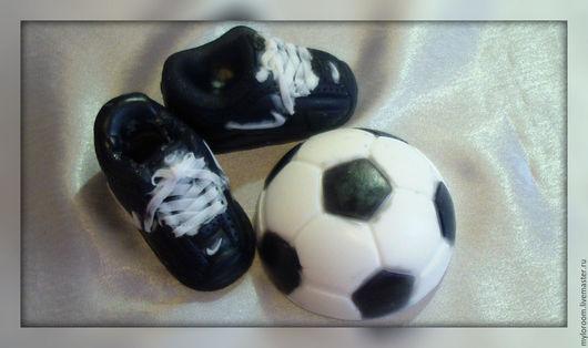 """Мыло ручной работы. Ярмарка Мастеров - ручная работа. Купить Мыльный сувенирный набор """"На футбол,,,"""". Handmade. Черный"""