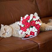 Свадебный салон ручной работы. Ярмарка Мастеров - ручная работа Свадебный букет из красных роз и фрезий.. Handmade.