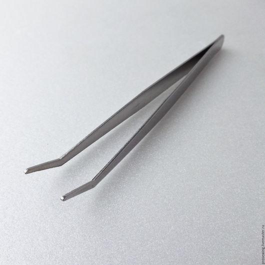 Пинцет с загнутыми кончиками для рукоделия